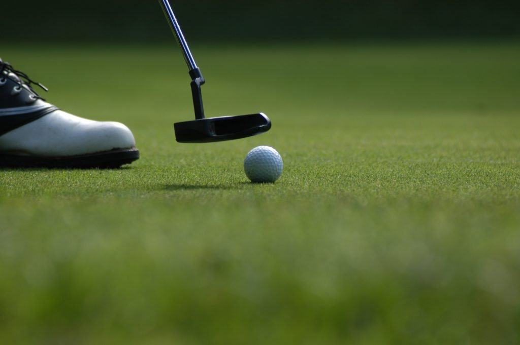 Play golf in the Temecula Valley